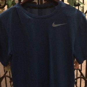 Nike Dri-Fit Blue T Shirt for Boys. Size Small.